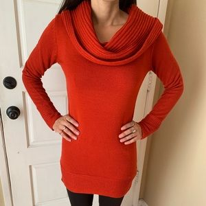 H&M Rust color Sweater Size S